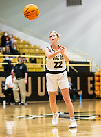 Riley Hayes (22) of Bentonville passing the ball against Springdale Her-ber at Tiger Arena, Bentonville, AR January 5, 2021 / Special to NWA Democrat-Gazette/ David Beach