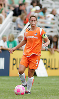 Christie Rampone..Saint Louis Athletica defeated Sky Blue FC 1-0 at Anheuser-Busch Soccer Park, Fenton, Missouri.