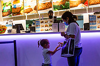 Lisbon Malls Reopen