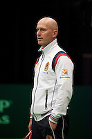 06-02-12, Netherlands,Tennis, Den Bosch, Daviscup Netherlands-Finland, Training Technisch Directeur Rohan Goetske