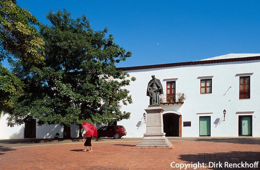 Dominikanische Republik, Denkmal von Padre Francisco Billini in Santo Domingo