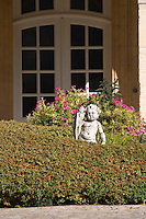 front court yard couvent des jacobins saint emilion bordeaux france