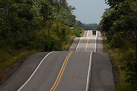 Alça Viária Pa.   Km 60<br /> <br /> a ponte sobre o Rio Guamá, a maior das quatro que integram o projeto com dois quilômetros de extensão. O complexo consta ainda de 72 quilômetros de estradas e das pontes Moju-Cidade, Moju-Alça e a do Acará, construídas em estrutura metálica e concreto.<br /> <br /> Foto Paulo Santos<br /> 12/09/2013