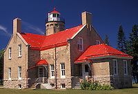 AJ2805, lighthouse, Mackinaw City, Michigan, Scenic view of the 1892 Mackinaw Point Lighthouse with its bright red roof in Mackinaw City in the state of Michigan.