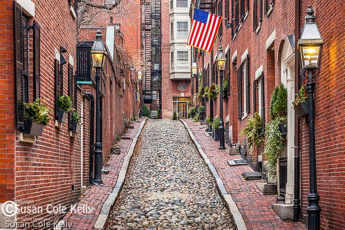 Acorn Street on Beacon Hill, Boston, Massachusetts, USA