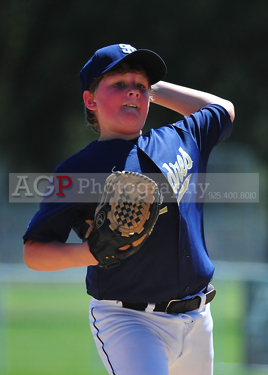 The PNLL Major Padres at the Pleasanton Sports Park May 1, 2010. (Photo by Alan Greth)