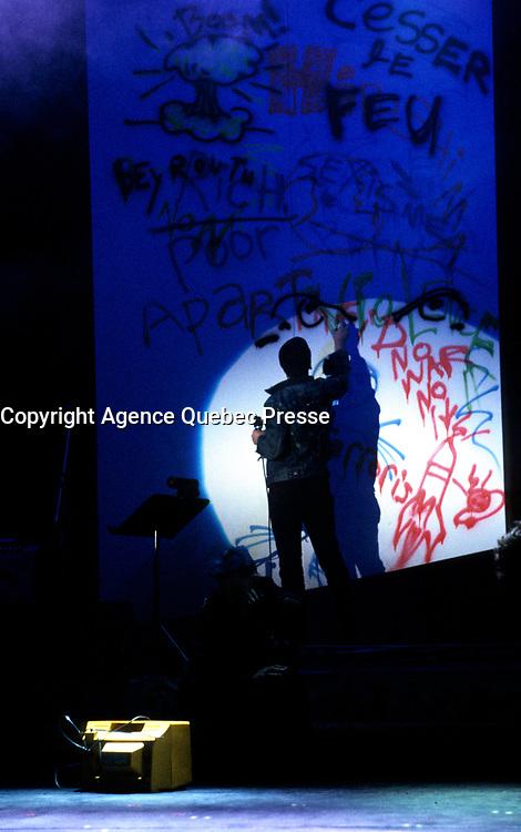 L'artiste peintre multidisciplinaire Zilon, 1985 <br /> <br /> PHOTO :  Agence Quebec Presse
