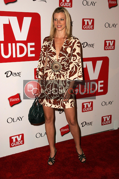 Amy Smart<br />at the TV Guide Emmy After Party. Social, Hollywood, CA. 08-27-06<br />Dave Edwards/DailyCeleb.com 818-249-4998