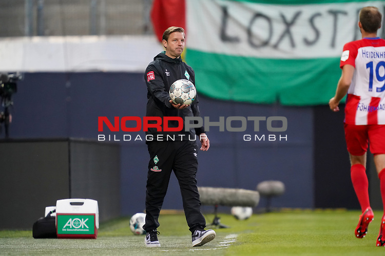 Florian Kohfeldt (Trainer SV Werder Bremen)<br /> <br /> <br /> Sport: nphgm001: Fussball: 1. Bundesliga: Saison 19/20: Relegation 02; 1.FC Heidenheim vs SV Werder Bremen - 06.07.2020<br /> <br /> Foto: gumzmedia/nordphoto/POOL <br /> <br /> DFL regulations prohibit any use of photographs as image sequences and/or quasi-video.<br /> EDITORIAL USE ONLY<br /> National and international News-Agencies OUT.