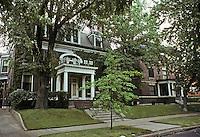 St. Louis: Houses, Central West End, a place off Euclid. Photo '78.
