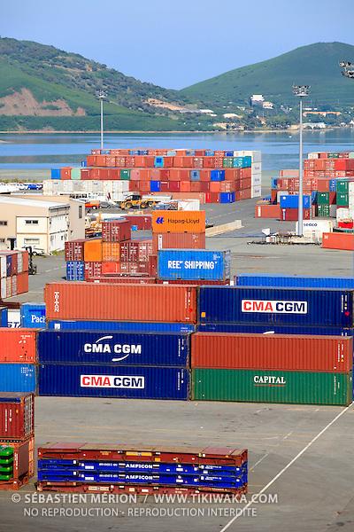 Stockage des conteneurs sur le quai de Commerce International, Port Autonome de la Nouvelle-Calédonie