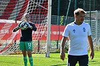 Standard goalkeeper Sofie Tans(12) and Standard goalkeeper trainer Steve Lemmens pictured before a women soccer match between Standard Femina de Liege and Eendracht Aalst dames, Saturday 25 September 2021 in Liege, in the 1/16 th final of the Belgian Womens Cup 2021-2022. PHOTO BERNARD GILLET