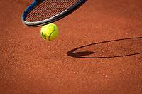 Netherlands, September 12,  2021, Naaldwijk KIA Competition mixed, premier league, LTC Naaldwijk vs TC Leimonias, womans single:  Ball and racket<br /> Photo: Henk Koster/tennisimages.com