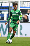 05.10.2019,  GER; 2. FBL, Hamburger SV vs SpVgg Greuther Fuerth ,DFL REGULATIONS PROHIBIT ANY USE OF PHOTOGRAPHS AS IMAGE SEQUENCES AND/OR QUASI-VIDEO, im Bild Einzelaktion Hochformat Marco Caligiuri (Fuerth #13) Foto © nordphoto / Witke