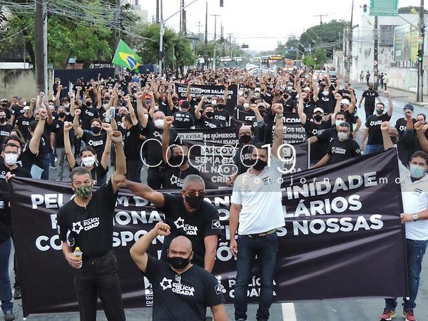 Recife (PE), 19/08/2021 - Ato dos Policias Civis de Pernambuco pela a valorização da categoria. Passeata pelo centro do Recife até o Palácio do Governo nesta quinta-feira (19).