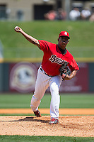 Birmingham Barons relief pitcher Raul Fernandez (31) in action against the Tennessee Smokies at Regions Field on May 4, 2015 in Birmingham, Alabama.  The Barons defeated the Smokies 4-3 in 13 innings. (Brian Westerholt/Four Seam Images)