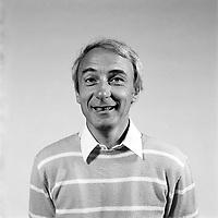 Session de portrait studio avec<br /> Yvon Deschamps, 1983 (date inconnue)