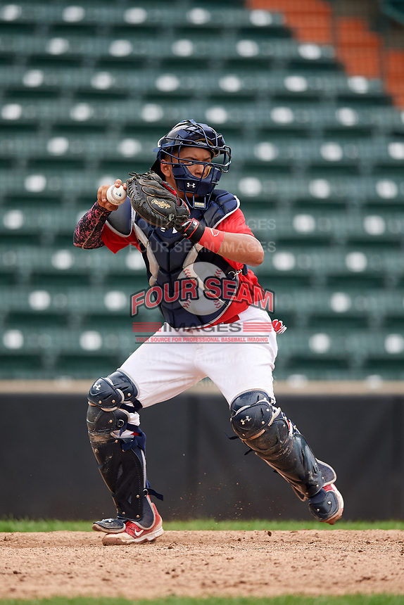 Brayant Henriquez (8) throws to second base during the Dominican Prospect League Elite Underclass International Series, powered by Baseball Factory, on July 21, 2018 at Schaumburg Boomers Stadium in Schaumburg, Illinois.  (Mike Janes/Four Seam Images)