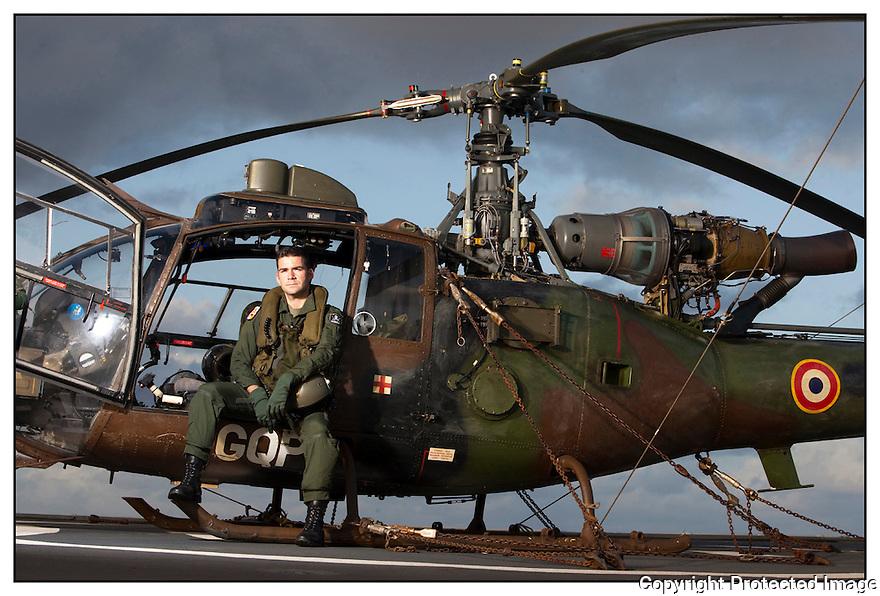 Porte hélicoptères Jeanne d'Arc<br /> Mer des Caraïbes<br /> Capitaine Marc Formentel