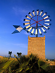 Spanien, Balearen, Mallorca, Windmuehle bei Sant Jordi   Spain, Balearic Islands, Mallorca, windmill near Sant Jordi