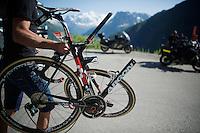 What's left of Shane 'The Mullet' Archbold's (AUS/Bora-Argon18) bike after a crash earlier in the race<br /> <br /> stage 17: Bern (SUI) - Finhaut-Emosson (SUI) 184.5km<br /> 103rd Tour de France 2016
