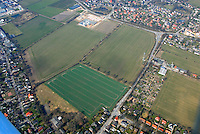 Holzvogtland: EUROPA, DEUTSCHLAND, SCHLESWIG- HOLSTEIN, REINBEK, (GERMANY), 26.03.2007: Neu, Bau, Gebiet, Schoenningstedt, Schleswig, Holstein, Nahe, Verkehrsguenstig, Erreichbar, Planung, Acher, Feld, Holzvogtland und der neue Aldi Markt.. c o p y r i g h t : A U F W I N D - L U F T B I L D E R . de.G e r t r u d - B a e u m e r - S t i e g 1 0 2, 2 1 0 3 5 H a m b u r g , G e r m a n y P h o n e + 4 9 (0) 1 7 1 - 6 8 6 6 0 6 9 E m a i l H w e i 1 @ a o l . c o m w w w . a u f w i n d - l u f t b i l d e r . d e.K o n t o : P o s t b a n k H a m b u r g .B l z : 2 0 0 1 0 0 2 0  K o n t o : 5 8 3 6 5 7 2 0 9.C o p y r i g h t n u r f u e r j o u r n a l i s t i s c h Z w e c k e, keine P e r s o e n l i c h ke i t s r e c h t e v o r h a n d e n, V e r o e f f e n t l i c h u n g n u r m i t H o n o r a r n a c h M F M, N a m e n s n e n n u n g u n d B e l e g e x e m p l a r !.