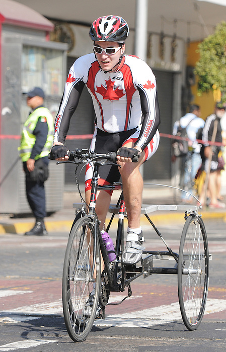 Louis-Albert Corriveau-Jolin, Guadalajara 2011 - Para Cycling // Paracyclisme.<br /> Louis-Albert Corriveau-Jolin competes in the road race // Louis-Albert Corriveau-Jolin participe à la course sur route. 11/12/2011.