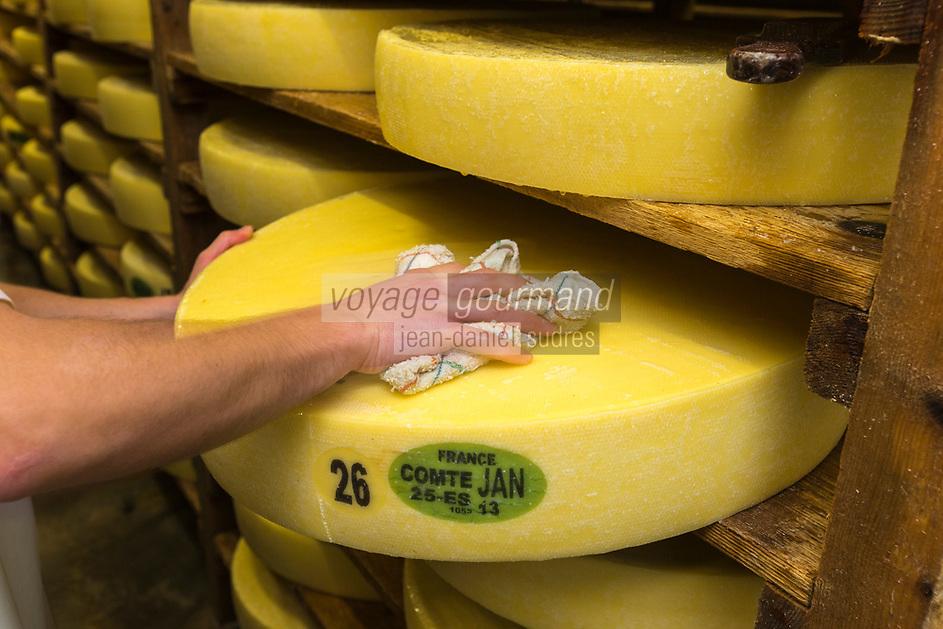 Europe/France/Franche-Comté/25/Doubs/Labergement-Sainte-Marie: Fruitière des Deux Lacs -  Affinage du Comté // France, Doubs, Labergement Sainte Marie,  cheesemaking facility, or fruitière, storage cellar and cheese maturing