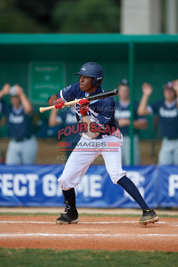 Tyree Reed (7) during the WWBA World Championship at Terry Park on October 9, 2020 in Fort Myers, Florida.  Tyree Reed, a resident of Vallejo, California who attends American Canyon High School, is committed to Oregon State.  (Mike Janes/Four Seam Images)