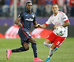 Atletico de Madrid's Jackson Martinez (l) and SL Benfica's Ljubomir Felsa during Champions League 2015/2016 match. September 30,2015. (ALTERPHOTOS/Acero)