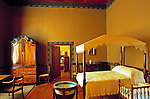South Africa, near Cape Town, Winelands Franschhoek: Boschendal Manor House - main bedroom