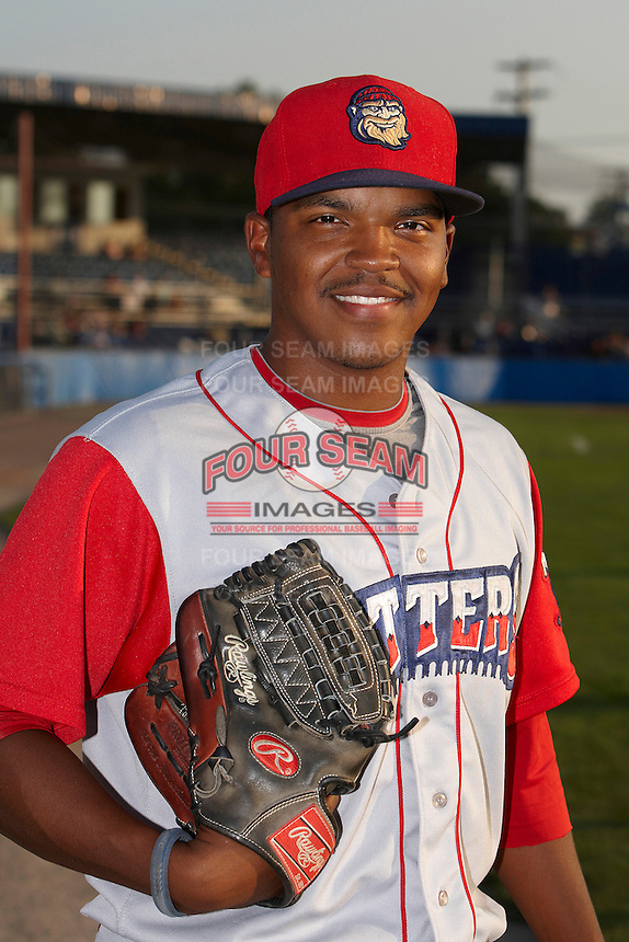Williamsport Crosscutters pitcher Andre Kinder #39 poses for a photo before a NY-Penn League game against the Batavia Muckdogs at Dwyer Stadium on August 25, 2012 in Batavia, New York.  Batavia defeated Williamsport 6-5.  (Mike Janes/Four Seam Images)