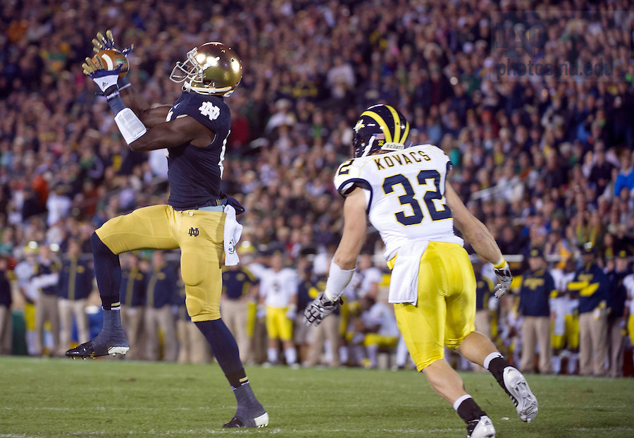 Sept. 22, 2012; Notre Dame wide receiver DaVaris Daniels makes a catch for a 16-yard gain during the second quarter against Michigan.  Photo by Barbara Johnston/University of Notre Dame