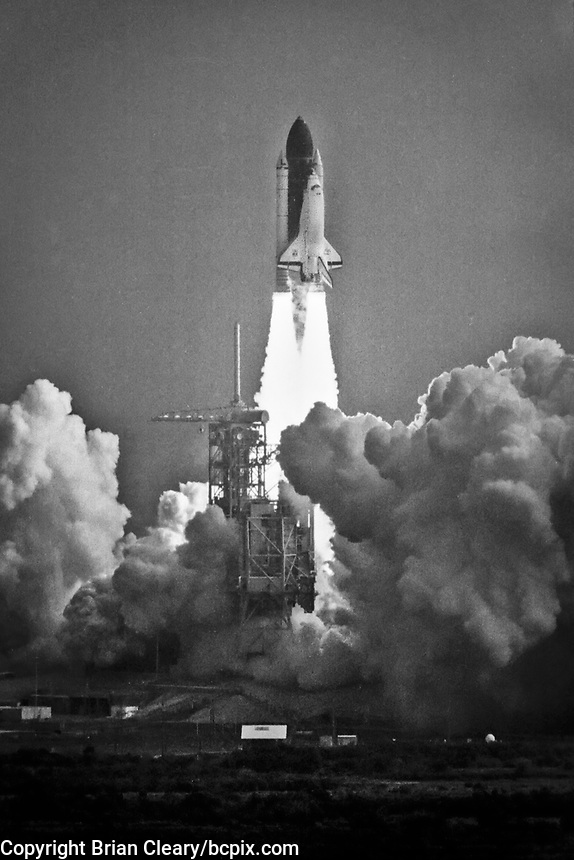 Space Shuttle  Discovery, STS 39 Mission, April 1991, liftoff, Kennedy Space Center, Titusville, FL, with crew of seven: Commander Michael L. Coats, Pilot L. Blaine Hammond, Mission Specialists Guion S. Bluford Jr., Gregory J. Harbaugh, Richard J. Hieb, Donald R. McMonagle and Charles L. Veach. (Photo by Brian Cleary/bcpix.com)