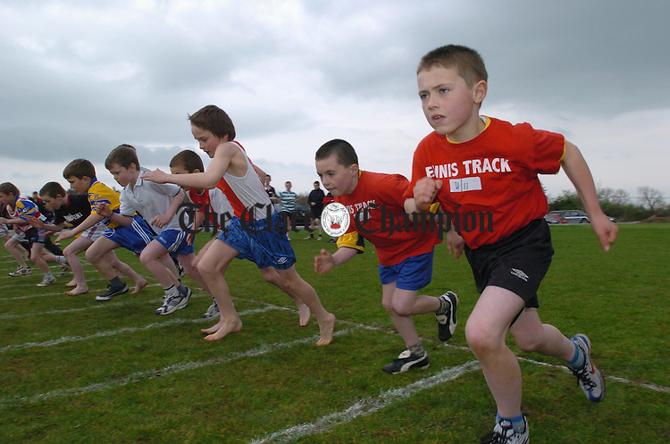 All off at the start of the U-11 boys race during  the Marian AC sports at Gurteen.Photograph by John Kelly.