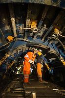 Alptransit, la galleria ferroviaria più lunga del mondo con i suoi 57 km di binari che corrono sotto il San Gottardo in Svizzera. Cantiere di Sigirino