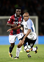 Calcio, Serie A: Bologna, stadio Renato Dall'Ara, 19 settembre 2017.<br /> Inter Milan's Mario Joao (r) in action with Bologna's Godfred Donsah (l)during the Italian Serie A football match between Bologna and Inter Milan at Bologna's Renato Dall'Ara stadium, September 19, 2017.<br /> UPDATE IMAGES PRESS/Isabella Bonotto