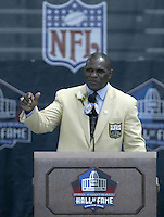 Harry Carson, former New York Giant, speaks during his induction into the Pro Football Hall of Fame Saturday, Aug. 5, 2006, in Canton, Ohio.<br />