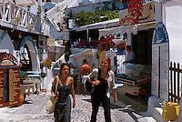 Restaurant in Fira, Insel Santorin (Santorini), Griechenland, Europa