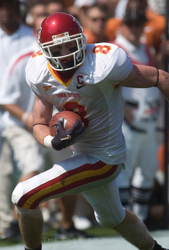 23 September 2006: Iowa State receiver Austin Flynn dashes downfield after a reception during the Cyclones 37-14 loss to the Texas Longhorns at Darrell K Royal Memorial Stadium in Austin, TX.