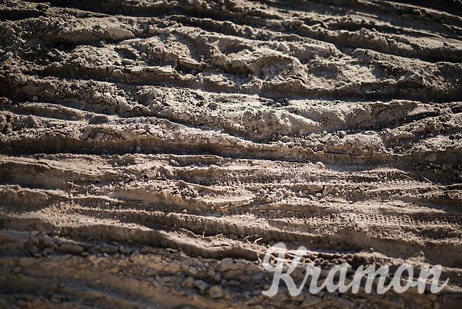 the main surface in Zonhoven: sand<br /> <br /> CX Superprestige Zonhoven 2016