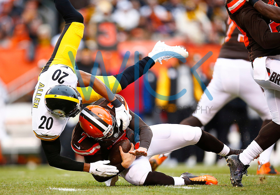 Will Allen #20 of the Pittsburgh Steelers sacks Austin Davis #7 of the Cleveland Browns during the game at FirstEnergy Stadium on January 3, 2016 in Cleveland, Ohio. (Photo by Jared Wickerham/DKPittsburghSports)
