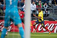 Seattle, WA - Thursday, June 16, 2016: Ecuador forward Enner Valencia (13) drives down the left flank during the Quarterfinal match of the 2016 Copa America Centenrio at CenturyLink Field.
