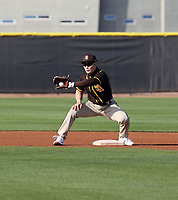 Ha-Seong Kim - San Diego Padres 2021 spring training (Bill Mitchell)