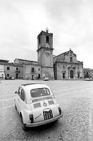- Sicily, the central square of Palazzo Adriano (Palermo) ....- Sicilia, la piazza centrale di Palazzo Adriano (Palermo)
