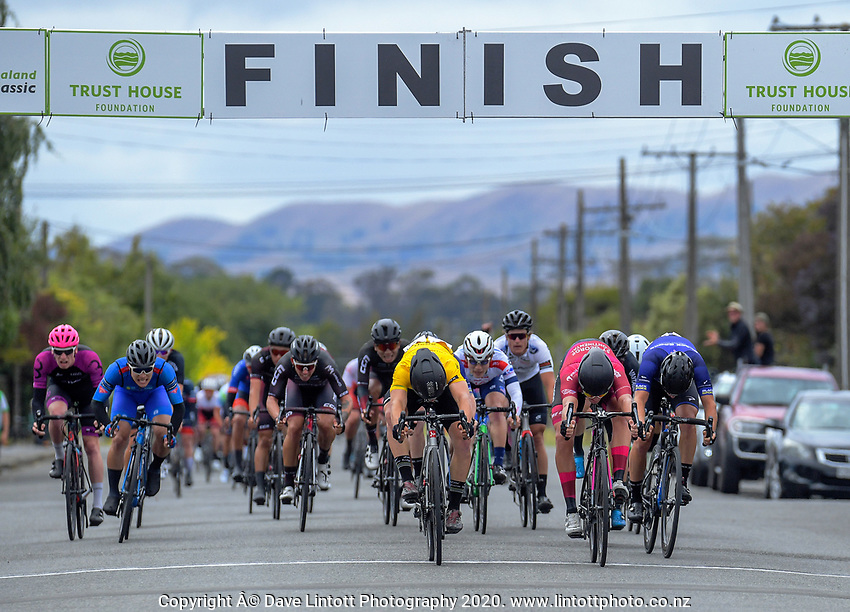 Jensen Plowright (Australia/Team BridgeLane) wins stage three of the NZ Cycle Classic UCI Oceania Tour (Martinborough circuit) in Wairarapa, New Zealand on Friday, 17 January 2020. Photo: Dave Lintott / lintottphoto.co.nz