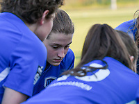 Jorien Voets (20) of KRC Genk pictured in the huddle before a female soccer game between  Racing Genk Ladies and White Star Woluwe on the 8 th matchday of play off 2 in the 2020 - 2021 season of Belgian Scooore Womens Super League , tuesday 18 th of May 2021  in Genk , Belgium . PHOTO SPORTPIX.BE | SPP | JILL DELSAUX