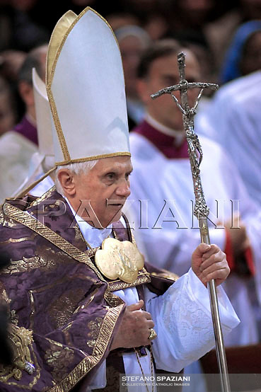 Pope Benedict XVI celebrates the Ash Wednesday at the Basilica of St Sabina, on February 06, 2008, in Rome, Italy.