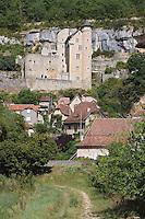 Europe/France/Midi-Pyrénées/46/Lot/Larroque-Toirac: le chateau de Larroque-Toirac XII ème siècle