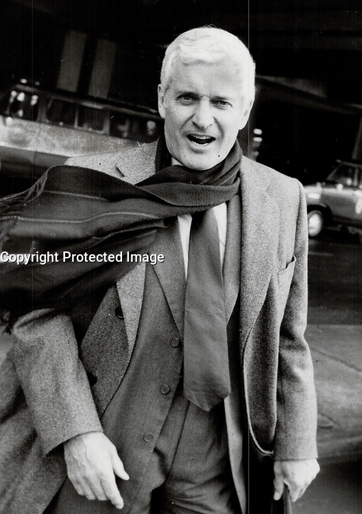He's running: Former Liberal finance minister John Turner leaves Pearson International Airport yesterday after flying from Ottawa, where he announced his candidacy for the Liberal party leadership.<br /> <br /> Photo : Boris Spremo - Toronto Star archives - AQP